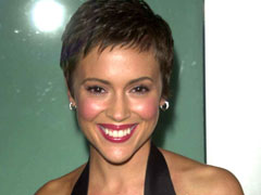 Actress Alyssa Milano shows her luscious body at her pictorial
