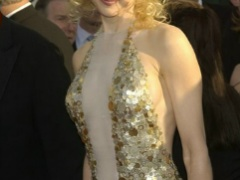 Nicole Kidman and her lovely tits on the red carpet