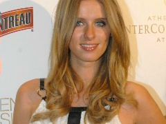 Nicky Hilton is like her sister older Paris, cute and so sensual